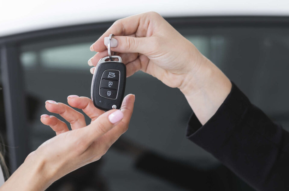 Wynajem auta na miesiąc – czy to się opłaca?